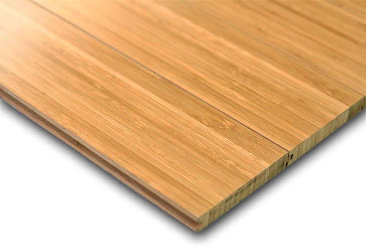 alt=pavimento verde de bambú