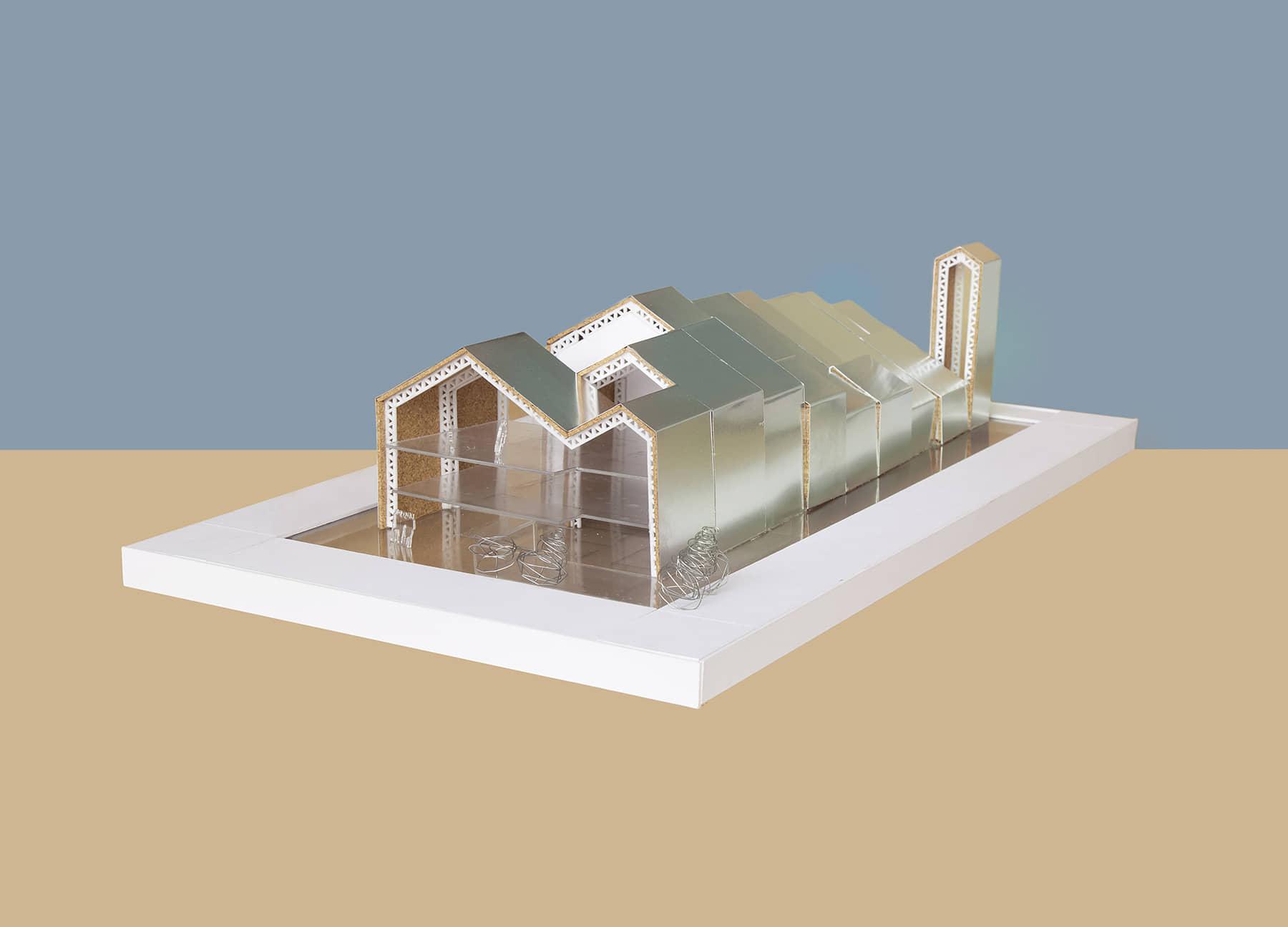 alt=maqueta de la casa del pueblo