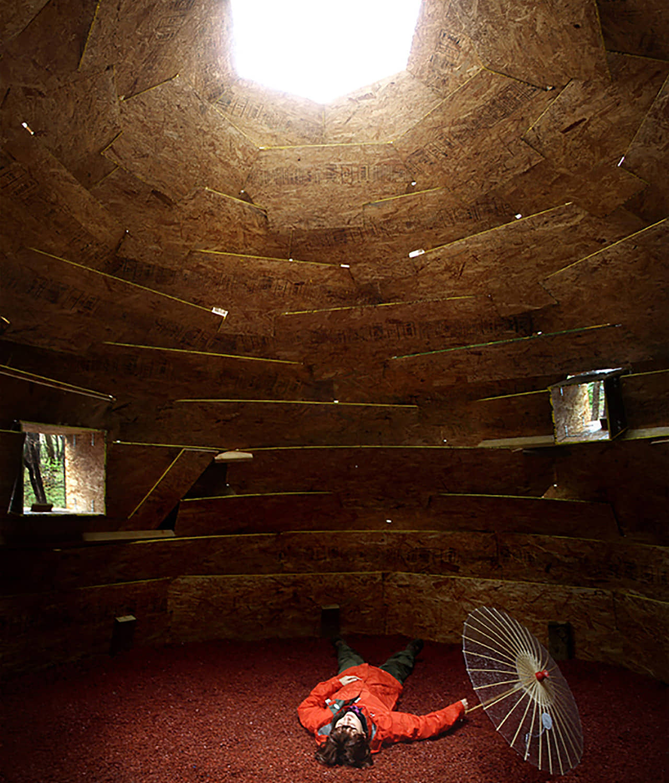 alt=vista interior del Refugio sostenible